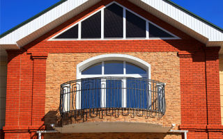 Строительство и оформление балкона в частном доме
