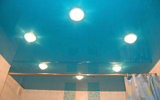 Подвесной потолок из пластиковых панелей: за и против