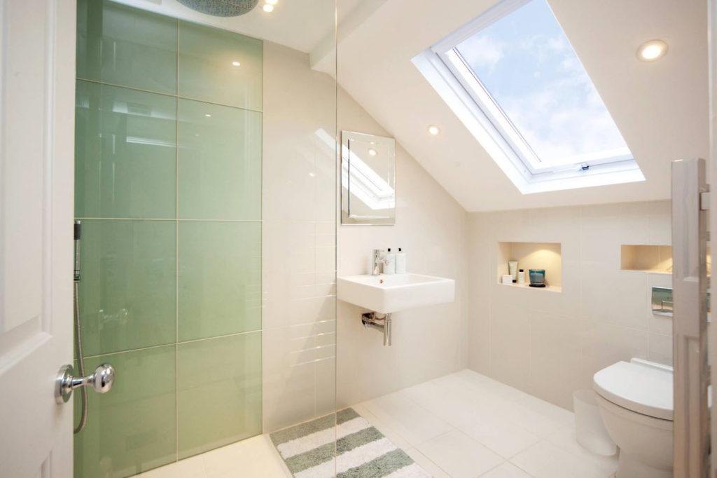 Как сделать маленькую ванную комнату удобной