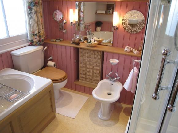 Ремонт туалета в частном доме своими руками 70