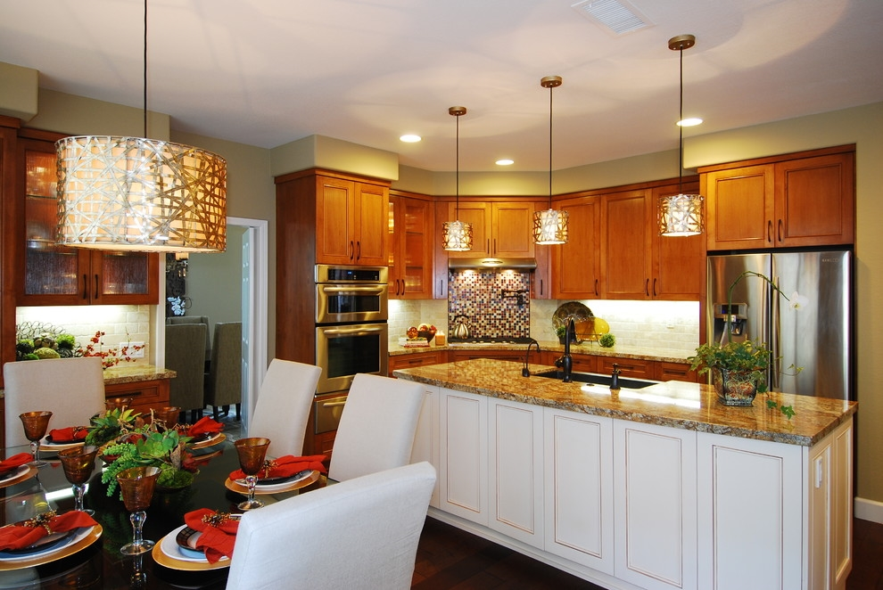 Люстры на кухню интерьер фото