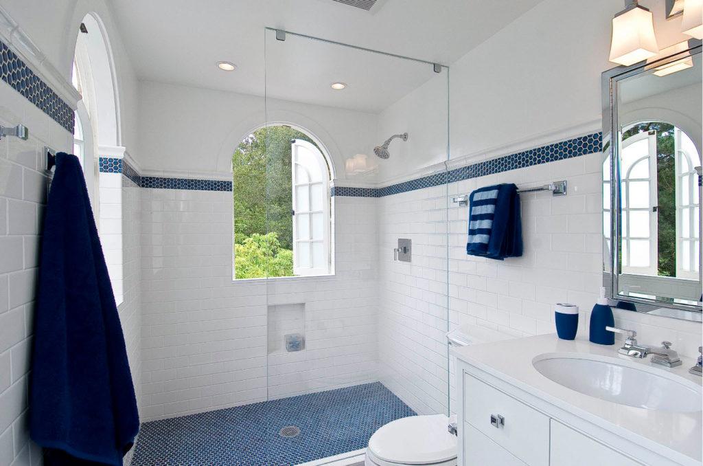 как обустроить маленькую ванную комнату