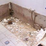 демонтаж и подготовка полов и стен в ванной