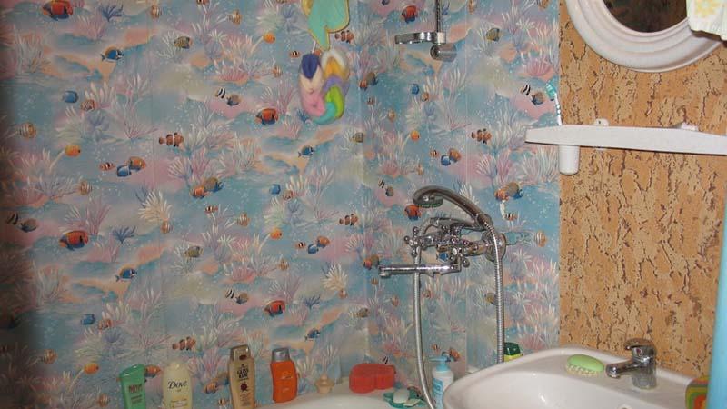 клеенка на стенах в ванной
