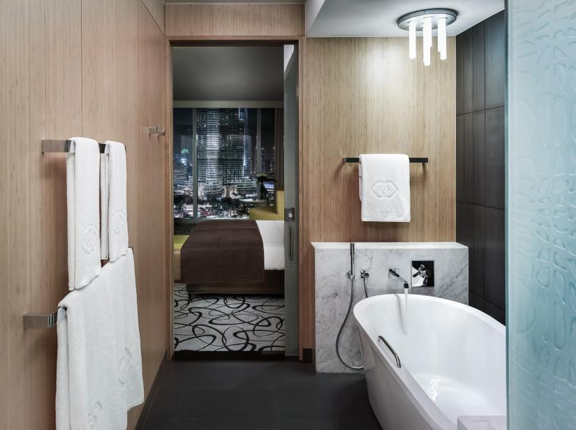 Sofitel-Dubai-Downtown-Как-выбрать-люстру-для-ванной-825x616[1]