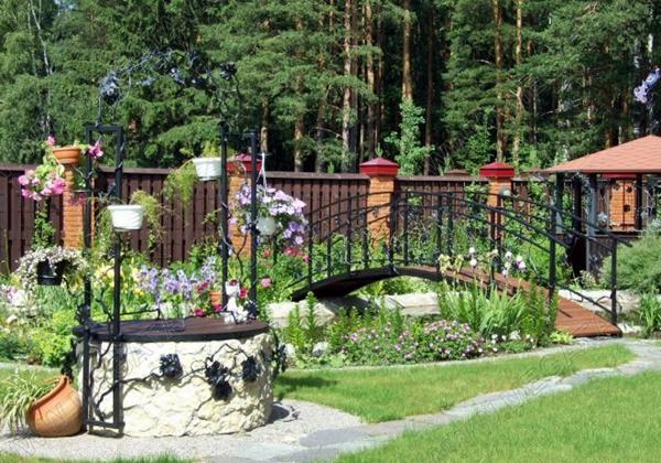 hudozhestvennaya-kovka-na-uchastke[1]