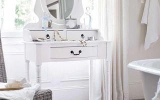 Как выбрать столик для ванной комнаты