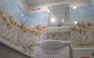 Отделка стен в ванной за 1 день пластиковыми панелями — видео инструкция