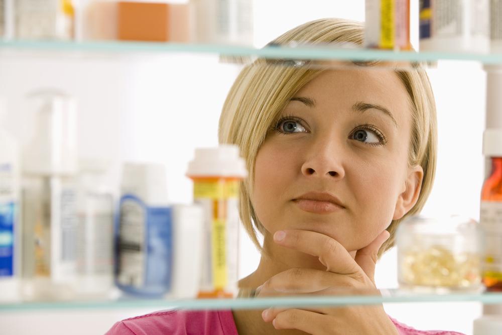 Как организовать аптечку в ванной комнате