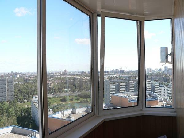 Как выбрать конструкцию для остекления балкона