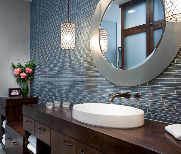 bathroom-with-round-creative-vanity-mirrors[1]