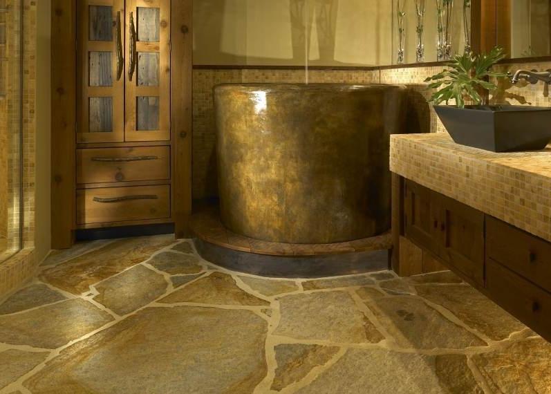 Натуральный камень на пол в ванной